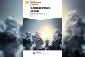"""El emprendimiento digital ha sido uno de los ecosistemas de mayor crecimiento en España tras el estallido de las crisis económica, en mi libro """"Emprendimiento digital"""" que saldrá el próximo 24 de septiembre, recojo las principales claves del éxito. En esta ocasión, el motivo del post es una noticia que me llena de orgullo y es nada más y nada menos que mi primera publicación de un libro en formato físico. Se trata de la obra: """"Emprendimiento digital, aplicación en la empresa"""". Esta obra dará la luz el próximo 24 de Septiembre de 2016, en muy pocos días, y saldrá como suplemento del diario El Mundo y Expansión, y gracias a la edición de la escuela de negocios The Valley Digital Business School, con la que colaboro como tutor y profesor de varios de sus programas Máster. El libro formará parte de una colección de 24 títulos, todos ellos tomando como enfoque la importancia de la transformación digital de las empresas españolas. Tenéis toda la información de mi libro, así como del resto de la colección sobre Transformación Digtial desde la landing creada por el diario El Mundo. A continuación os hago menciona algunas de las ideas principales que se detallan a lo largo de los capítulos del libro. ¿CÓMO HEMOS LLEGADO HASTA AQUÍ? El hecho de que hoy tengamos emprendedores digitales de proyectos tan importantes y prometedores como Job And Talent o Wallapop, ha seguido un camino. La disrupción de la tecnología digital, y en concreto de la red de Internet, ha supuesto una verdadera revolución, que junto al capitalismo, han creado el caldo de cultivo necesario para la aparición de estos emprendedores, verdaderos héroes de nuestra era. ¿DÓNDE ESTAMOS? Este capítulo en primer lugar analiza a través de la metodología PESTEL, los factores más importantes del contexto actual en el que nos encontramos a nivel político, económico o sociocultural. En los siguientes puntos, el libro recoge las principales claves y herramientas disponibles por los emprendedores de hoy en todas y cada un"""